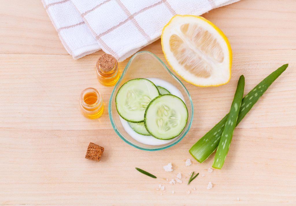 cucumber water and lemon